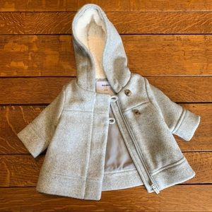 Old Navy • gray coat with Sherpa lined hood 0-3m